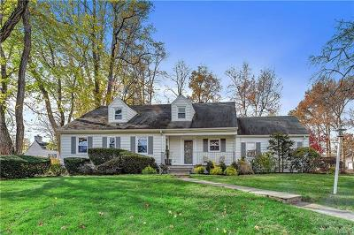 Scarsdale Single Family Home For Sale: 29 Pilgrim Road