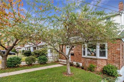 New Rochelle Single Family Home For Sale: 25 Ellenton Avenue