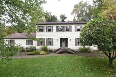 Brewster Single Family Home For Sale: 2 Bradley Court