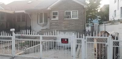 Bronx Single Family Home For Sale: 531 St Lawrence Ave