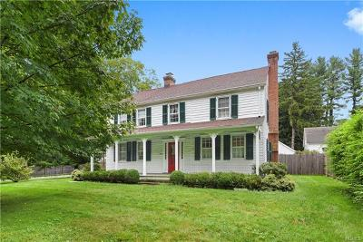 Bedford Single Family Home For Sale: 459 Old Post Road