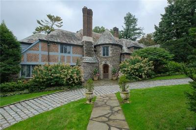 Bronxville Single Family Home For Sale: 70 Hereford Road