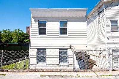 Bronx County Single Family Home For Sale: 1605 Purdy Street