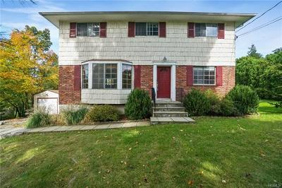 Westchester County Single Family Home For Sale: 5 Stonegate Road