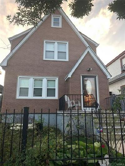 Bronx NY Single Family Home For Sale: $449,000