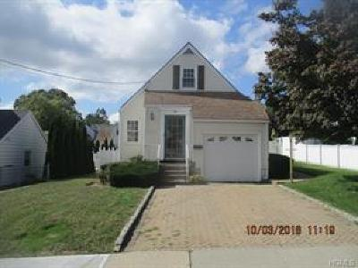 Westchester County Single Family Home For Sale: 86 Onondaga Street