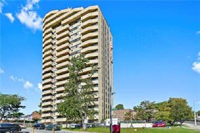 Yonkers Co-Operative For Sale: 1523 Central Park Avenue #5C