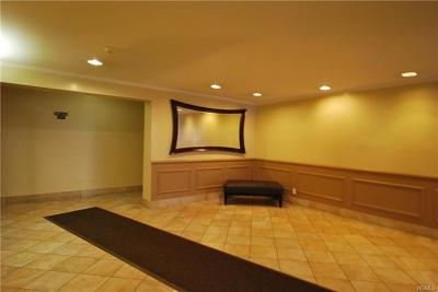 Yonkers Rental For Rent: 709 Warburton Avenue #4G