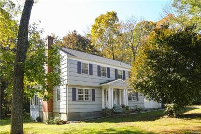 Westchester County Single Family Home For Sale: 6 Deer Run Road