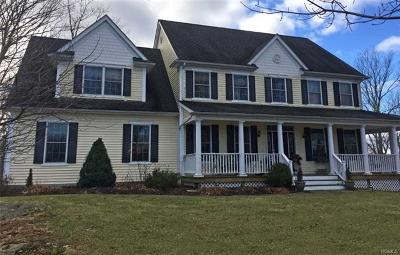 Mahopac Single Family Home For Sale: 34 Sprucetop Drive