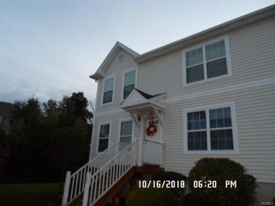 Middletown Condo/Townhouse For Sale: 13 Lexington Way
