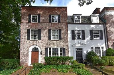 Bronxville Single Family Home For Sale: 31 Garden Avenue