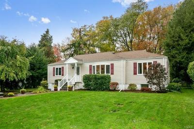 Cortlandt Manor Single Family Home For Sale: 26 Edgewood Road