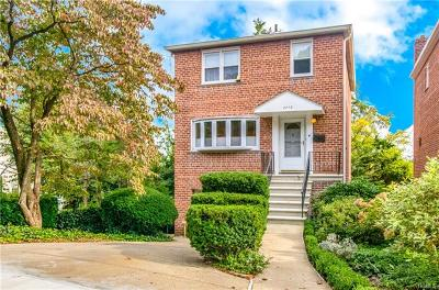 Bronx NY Single Family Home For Sale: $979,000