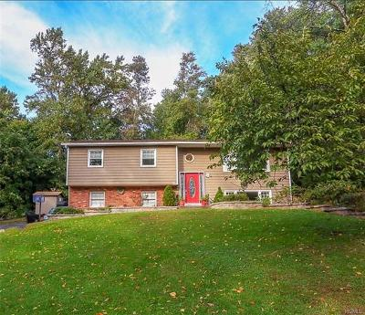 Single Family Home For Sale: 5 Imperial Lane
