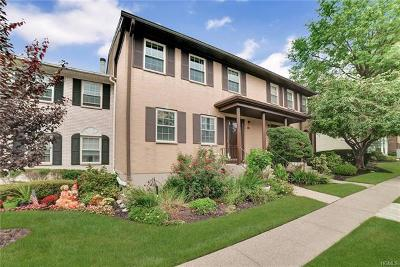 Condo/Townhouse For Sale: 559 Kensico Court