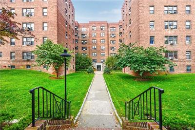 Westchester County Co-Operative For Sale: 485 East Lincoln Avenue #209