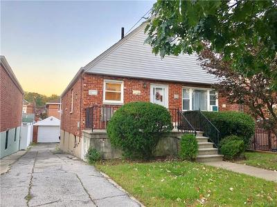 Bronx NY Single Family Home For Sale: $468,500