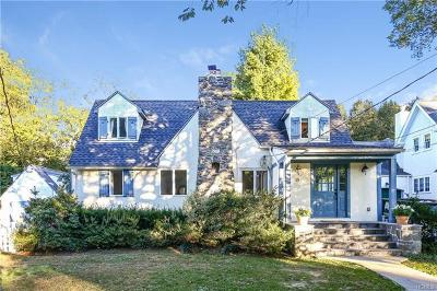 Westchester County Single Family Home For Sale: 15 Vale Place