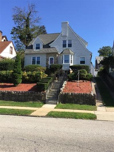 Westchester County Single Family Home For Sale: 158 Devoe Avenue