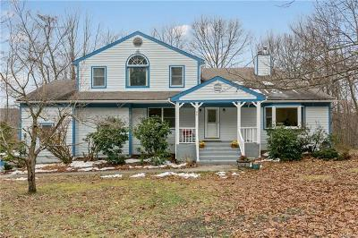 Putnam County Single Family Home For Sale: 99 Deer Hill Court