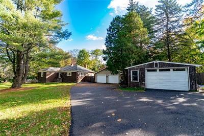 New Windsor Single Family Home For Sale: 250 Bethlehem Road