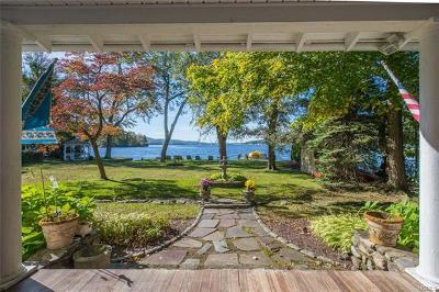 Greenwood Lake Single Family Home For Sale: 26 Myrtle Avenue
