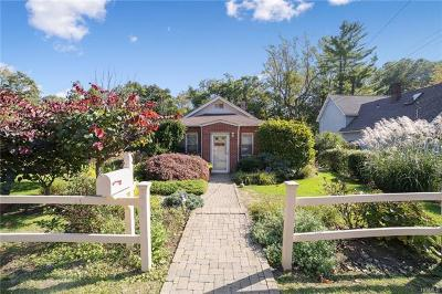 Pleasantville Single Family Home For Sale: 235 Sarles Lane