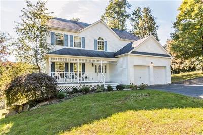 Cortlandt Manor Single Family Home For Sale: 2 Meadow Court