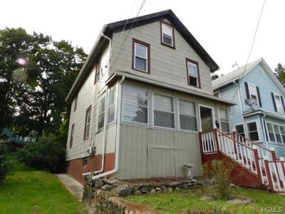 Newburgh Single Family Home For Sale: 71 Fowler Avenue