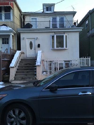 Multi Family 2-4 For Sale: 952 Cranford Avenue