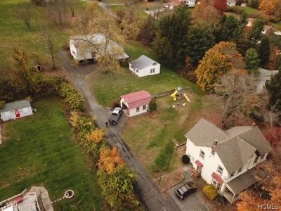 Newburgh Single Family Home For Sale: 365 Carter Avenue