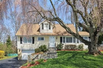 Yorktown Heights Single Family Home For Sale: 712 Locksley Road