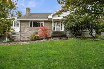 Yorktown Heights Single Family Home For Sale: 1587 Morningview Drive