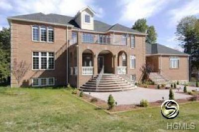 Lagrangeville Single Family Home For Sale: 8 Trinity Way