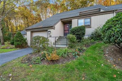 Somers Condo/Townhouse For Sale: 341 Heritage Hills #B