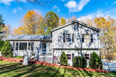 Highland Single Family Home For Sale: 45 Cotter Road