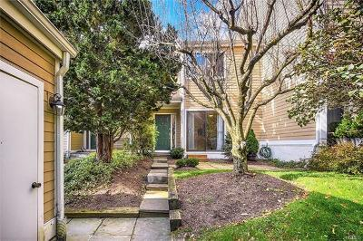 Irvington Condo/Townhouse For Sale: 70 Ridgeway Drive