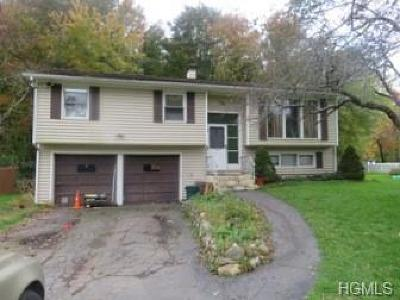Yorktown Heights Single Family Home For Sale: 271 Cordial Road