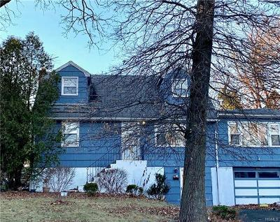 Single Family Home For Sale: 263 North Pascack Road