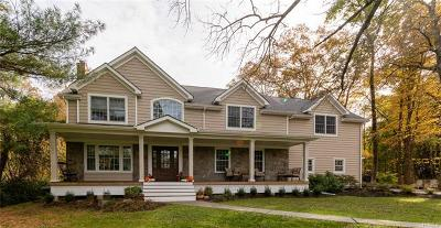 Rockland County Single Family Home For Sale: 5 Bruce Court