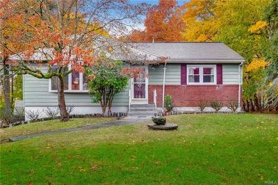 Rockland County Single Family Home For Sale: 8 Bellows Lane