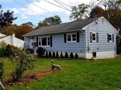 New Windsor Single Family Home For Sale: 249 Garden Street