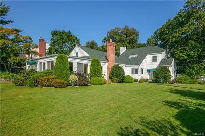White Plains Single Family Home For Sale: 1 Eastdale Road