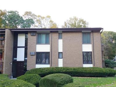 Hyde Park Condo/Townhouse For Sale: 3 Hook Road #15A