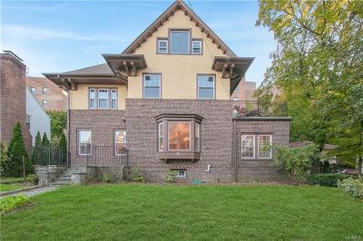 Mount Vernon Single Family Home For Sale: 70 Ellwood Avenue