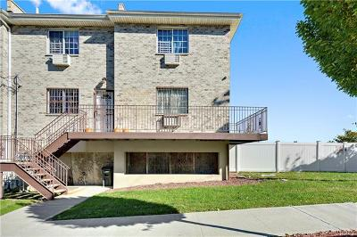 Bronx County Multi Family 2-4 For Sale: 208 Betts Avenue #A