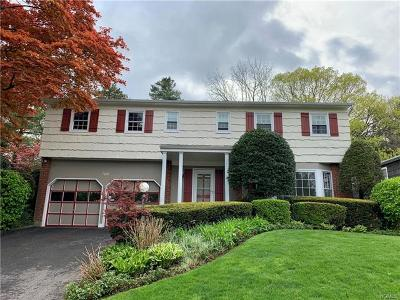 New Rochelle Single Family Home For Sale: 8 Sunny Ridge Road