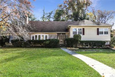 Scarsdale NY Single Family Home For Sale: $910,000
