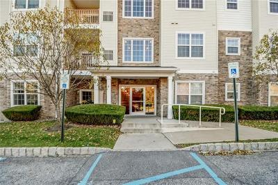 Middletown Condo/Townhouse For Sale: 916 Tower Ridge Circle